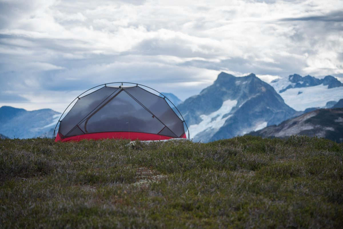 camping-mountains-tent